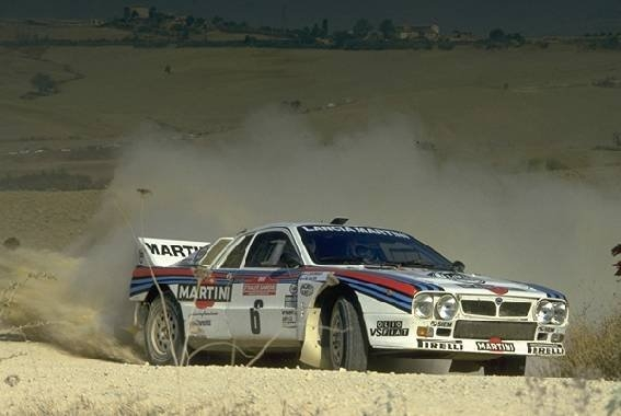 http://www.rallyservice.it/images/lancia%20037.jpeg